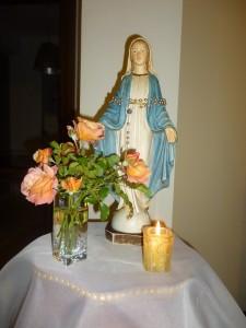 Altare della Madonna a casa dei Marcucci